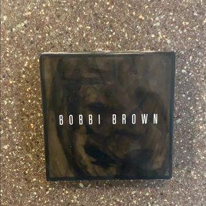 Bobbie brown shimmer brick in sandstone